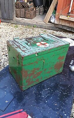 vintage millitary first aid box