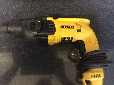 Dewalt D25033 240v SDS Plus Hammer Drill 3 Mode + 2 sds chisels