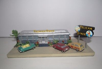 """""""Pelican Diner"""" - Classic American Diners by Danbury Mint - Light Wear"""