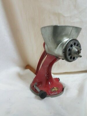 Vintage Red Spong Lever-lock Hand Mincer No.605 - red and silver colour