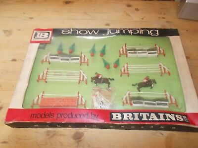 Britains Ltd 1960S Rare Show Jumping Set 7594 Boxed See Pictures