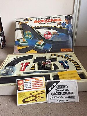 MATCHBOX powertrack / Speedtrack  P6000 RACE AND & CHASE Set