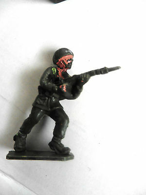 Lone Star   Plastic Toy  British Paratrooper Wwii Number 13 1960's Rare