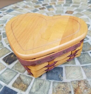Longaberger Basket with Lid 2000 Little Love Sweetheart
