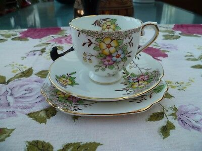 Lovely Vintage Stanley English China Trio Tea Cup Saucer Plate Flowers 252