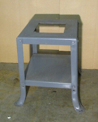 """Delta Rockwell Homecraft Model 34-500 8"""" Table Saw Stand"""
