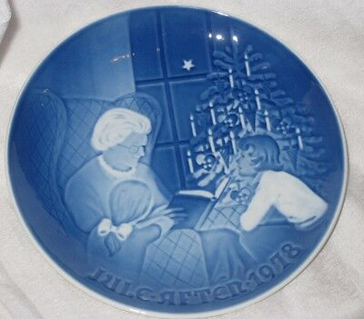 Vintage Bing and Grondahl Blue and White Porcelain Plate 1978 Christmmas Plate
