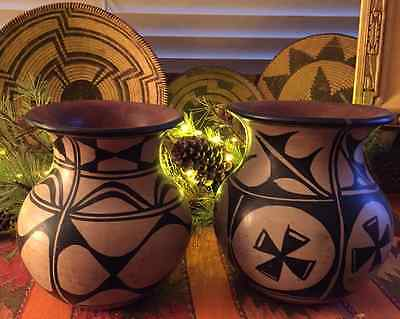 Santo Domingo Pottery / Rare Set C1930