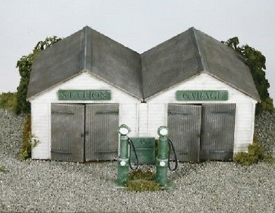 Wills Oo Scenic Series Ss12 Station Garage With Pumps Wss12
