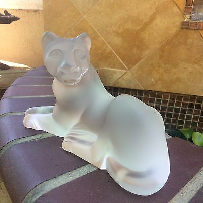 """Lalique Crystal  Large """"simba""""  Lioness Animal Sculpture Perfection"""