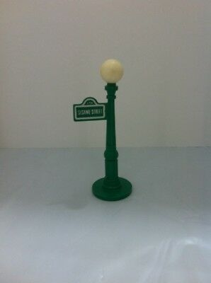 Vintage Fisher-Price Little People 938 Sesame Street Apartment Lamp Post