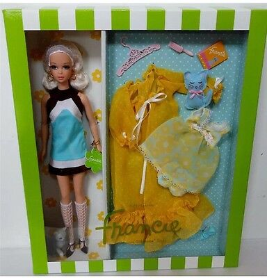 Kitty Corner Francie Silkstone Barbie Doll Gift Set~Gold Label~