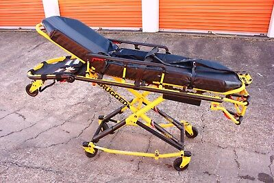 Stryker MX-Pro 600lb Ambulance Stretcher w/ O2holder Strap EMS Gurney Cot