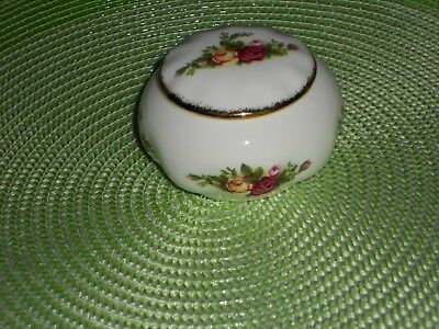 Royal Albert Old Country Roses Trinket Pot undermarked mint approx 8cm across