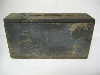 WW1 Wood Ammo Box Military Collectible Antique 1917