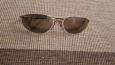 Ray Ban Metal Oval Aviator Sunglasses in Gold
