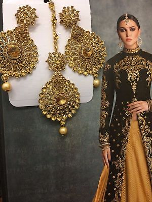 New Bollywood Indian Party Elegant Wear earrings and tikka Set Lct Gold Bronze