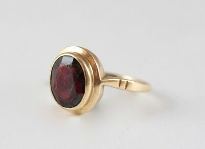 Vintage 9ct Yellow Gold Oval Cut Garnet Solitaire Ring Hallmarks Birmingham 1963