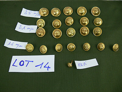 LOT 14: 23 BOUTONS GENDARMRIE MOBILE. 23 FRENCH BUTTONS Gendarmerie Mobile