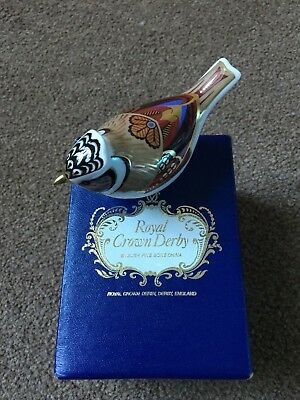 Royal Crown Derby Bone China Bird with Gold Stopper MM11 Boxed - 100% CHARITY