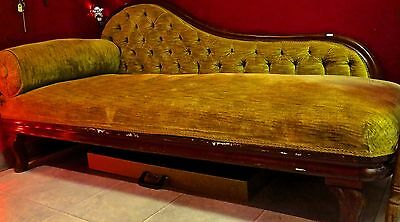 Antique Victorian Fainting or Swan Couch (Settee or Chaise Lounge) PICKUP ONLY!