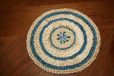 Handcrafted Rattan Woven Hot Pad Kitchen Wall Art Decor Flower Embroidery