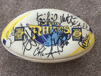 Signed Leeds Rhino's rugby league Steeden Rugby League Ball Collectable