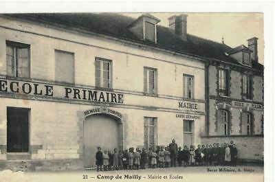 CPA   CAMP DE MAILLY  Mairie et Ecoles