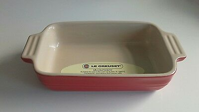 Le Creuset Stoneware Oven Dish Rectangular Shallow Red  18cm Bake