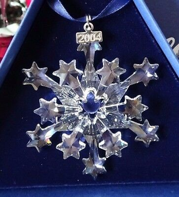 2004 Swarovski Crystal Annual Christmas Ornament Star/snowflake