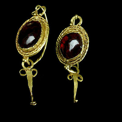 Pair of Roman Egyptian gold and garnet earrings. x8781