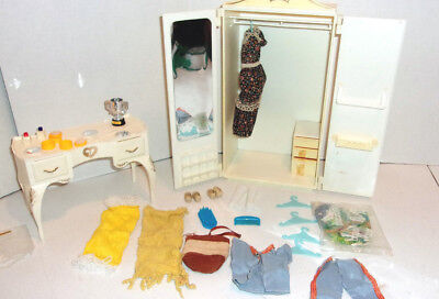 Sindy Doll Marx Clothes Wardrobe Vanity Shoes Purse Towels Mirror Furniture