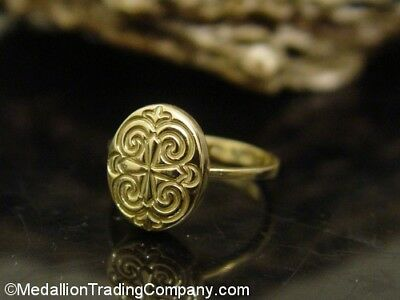 18k Yellow Gold Oval Byzantine Maltese Filigree Etruscan Cross Ring Size 7.5