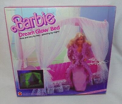 Vintage 1985 Barbie Doll DREAM GLOW BED Furniture Playset 5641 MINT NEW MIB MIP