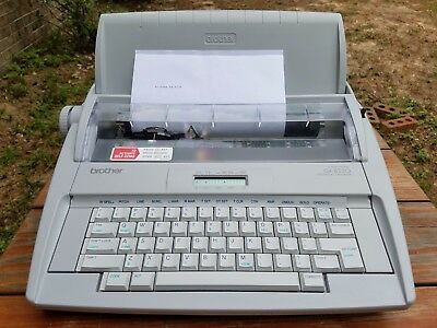 Brother GX-8250 Correctronic Electronic Electric Daisy Wheel Portable Typewriter
