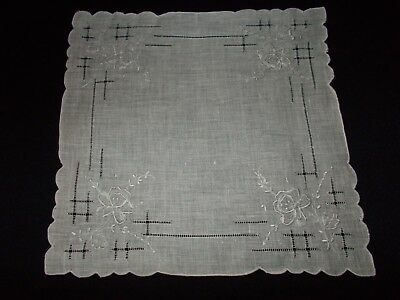 Vintage~Ladies Handkerchief~White Hanky~Pulled Thread~Embroidery~Linen~Rose