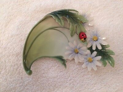 FRANZ  PORCELAIN Ladybug LADYBIRD DAISY in perfect condition