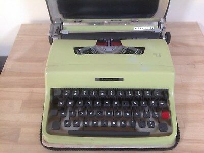 Vintage Olivetti Lettera 32 Typewriter In Original Case, Typewriters,collectable