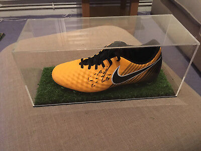Eden Hazard Chelsea Fc Authentic Hand Signed Nike Football Boot In Display Case