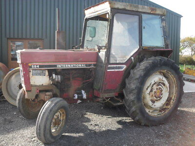 International 584 2WD L Cab - BREAKING FOR SPARES