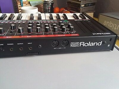 Roland Boutique JX-03 synth and K25m Keyboard