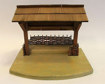 "Anri Italy Hand Crafted Wood Stable for 6"" Nativity 15"" x 11"" x 11 1/2"""