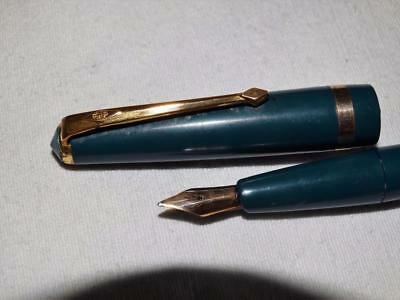 "Vintage Conway Stewart ""conway 57"" Fountain Pen, 14Ct Gold Nib, Collectable."
