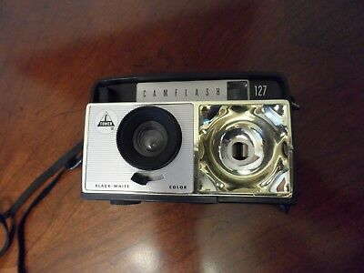 Tower Camflash 127 Vintage Camera with Case