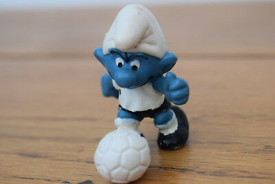 WEST GERMANY KIT FOOTBALL footballer smurf collection retro toy original