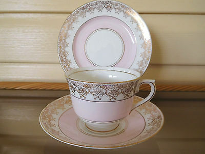 Colclough Pink Trio Gilded Lace Edges 5758 Made In England 1940s