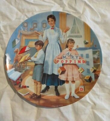 WALT DISNEY'S MARY POPPINS A Spoonful of Sugar KNOWLES Plate