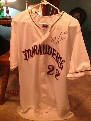 bradenton marauders game worn and autgoraphed quincey lattimore jersey