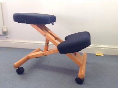 Wooden Kneeling Orthopaedic Stool Ergonomic Posture Chair