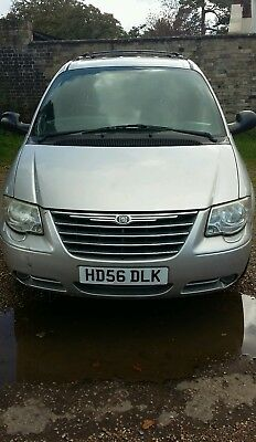 Chrysler Grand Voyager Limited XS CRD 2.8 Stow and Go 2007. Spares or Repair
